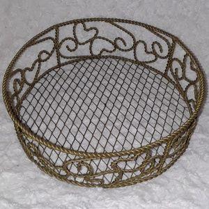 Wired Wicker Style Heart Basket